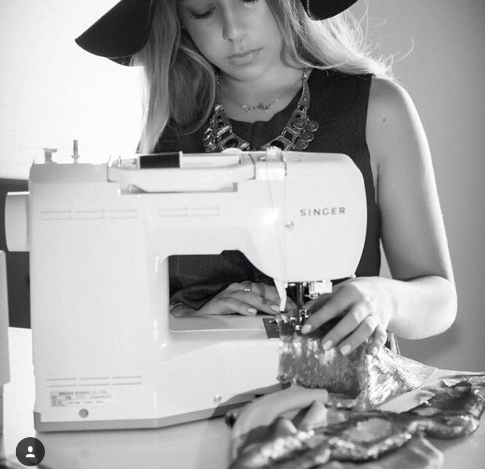 Encuentra tu máquina de coser ideal en nuestra tienda virtual: https://www.linio.com.pe/b/singer
